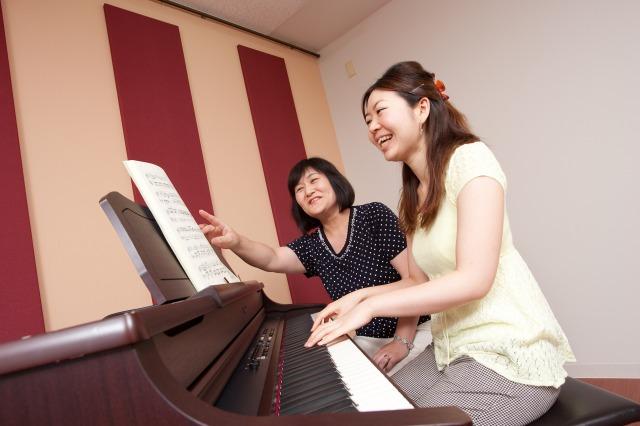 ポピュラー・ジャズピアノ科 講師養成コース【梅田校】